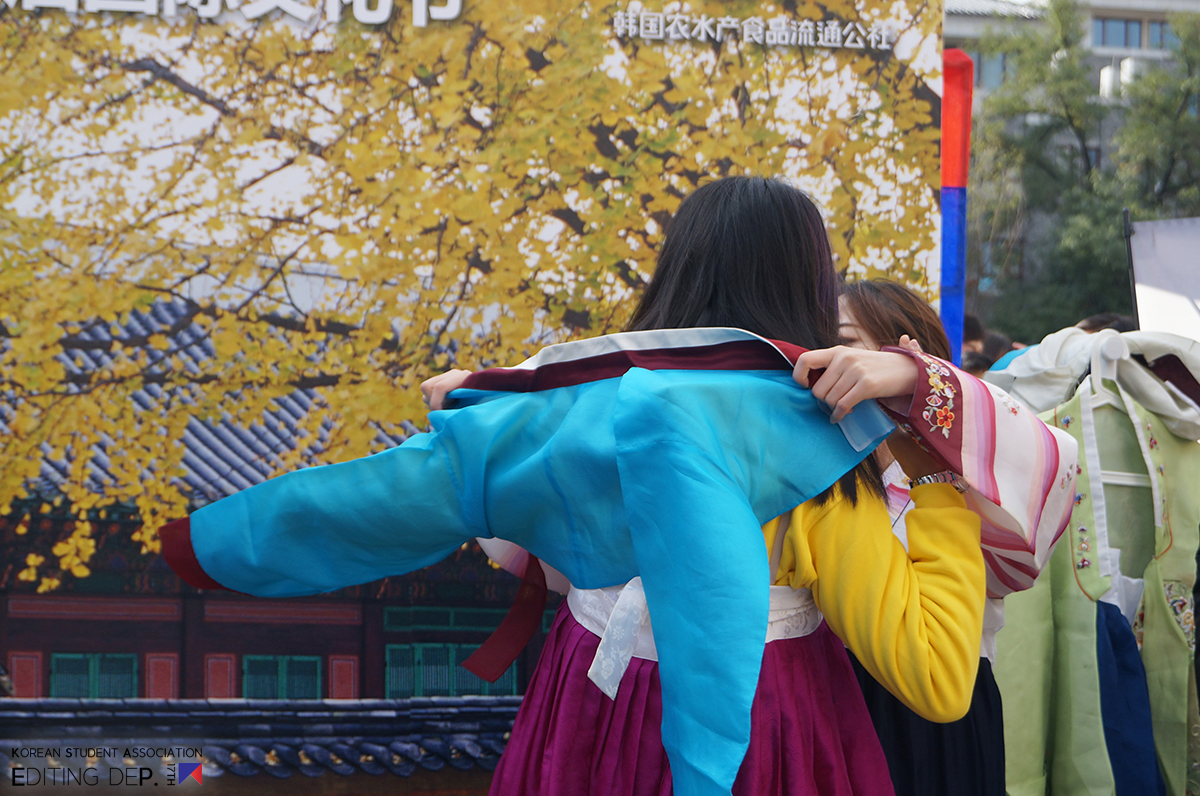 http://pkujoon.cdn3.cafe24.com/img/13cultural_festival/2_4.jpg